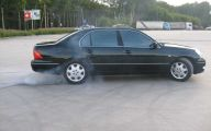 2000 Lexus 31 Widescreen Car Wallpaper