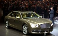 2014 Bentley Flying Spur 15 Background Wallpaper