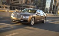 2014 Bentley Flying Spur 33 Desktop Wallpaper