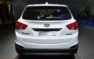 2015 Hyundai Tucson 1 High Resolution Car Wallpaper