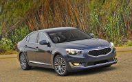 2015 Kia Cadenza 9 Car Desktop Background