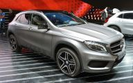 2015 Mercedes-Benz Gla-Class 35 Desktop Wallpaper