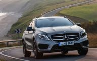 2015 Mercedes-Benz Gla-Class 42 Car Desktop Background