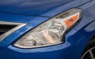 2015 Nissan Versa 40 Car Desktop Background
