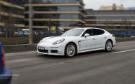 2015 Porsche Panama E-Hybrid 22 Car Background