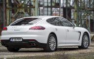 2015 Porsche Panama E-Hybrid 8 Free Car Wallpaper