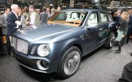 Bentley Suv  41 Desktop Wallpaper