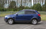 Chevrolet Captiva 11 Car Background