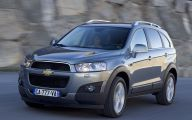 Chevrolet Captiva 36 Desktop Wallpaper