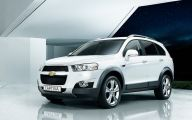 Chevrolet Captiva 5 Background Wallpaper