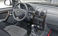 Dacia Usa 20 Background Wallpaper