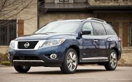 Nissan Pathfinder 36 Car Background