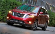 Nissan Pathfinder 43 Desktop Wallpaper