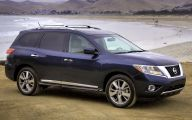 Nissan Pathfinder 6 Car Desktop Background