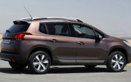 Peugeot Crossover  5 Widescreen Car Wallpaper