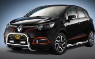 Renault Captur 11 Widescreen Car Wallpaper