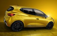 Renault Clio 18 Cool Car Wallpaper