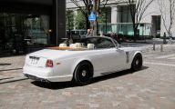Rolls-Royce Phantom Limousine 24 Widescreen Car Wallpaper