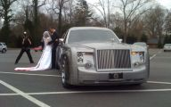 Rolls-Royce Phantom Limousine 26 Background Wallpaper