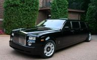 Rolls-Royce Phantom Limousine 33 Widescreen Car Wallpaper
