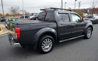 Used Nissan Frontier Truck 11 Car Background