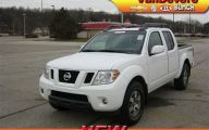 Used Nissan Frontier Truck 8 Car Background