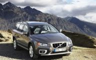 Volvo Car Wallpaper 25 Cool Car Wallpaper
