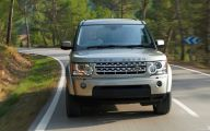 Land Rover Discovery Wallpaper  35 Car Background Wallpaper