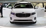 Kia Sedona 1 Car Desktop Background