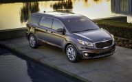 Kia Sedona 10 Desktop Wallpaper