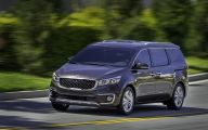 Kia Sedona 11 Background