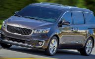 Kia Sedona 6 Car Desktop Wallpaper