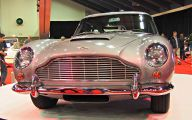 Aston Martin Car Mall Show 28 Car Desktop Background