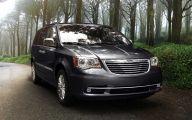 Chrysler Minivans 2016 8 Background