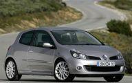 Clio Renault 34 Wide Car Wallpaper
