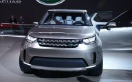 Land Rover Discovery Sport 30 High Resolution Car Wallpaper