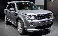 Land Rover Mall Display 24 Widescreen Car Wallpaper