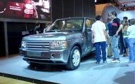 Land Rover Mall Display 33 Cool Wallpaper
