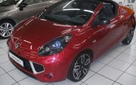 Renault Red 8 Cool Wallpaper