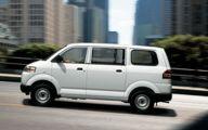 Suzuki Passenger Van 30 Car Desktop Wallpaper