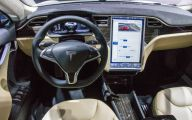 Tesla Automatic Car Display 3 Free Wallpaper