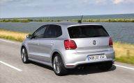 Volkswagen Polo 29 High Resolution Car Wallpaper