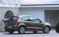 Volkswagen Polo 34 Background