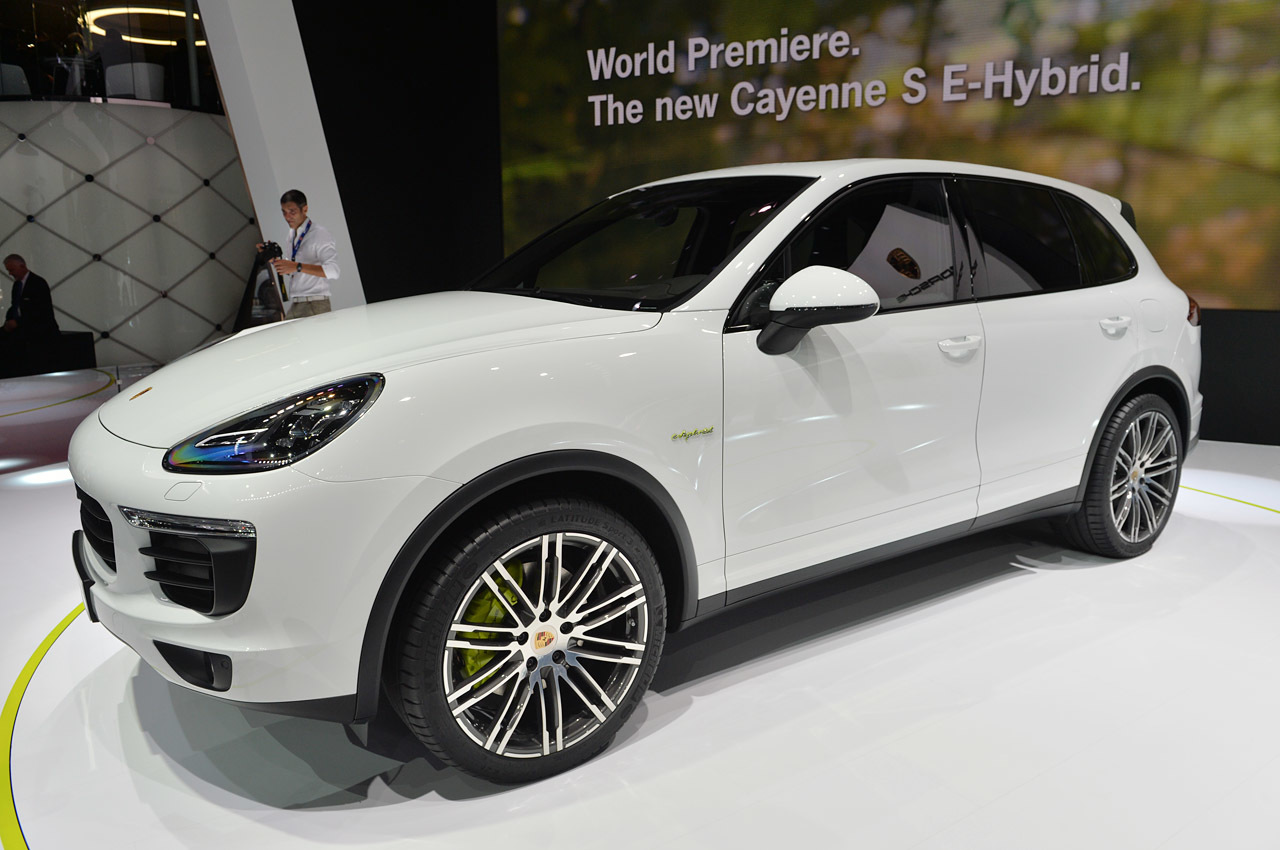 2014 porsche cayenne hybrid 16 car hd wallpaper. Black Bedroom Furniture Sets. Home Design Ideas