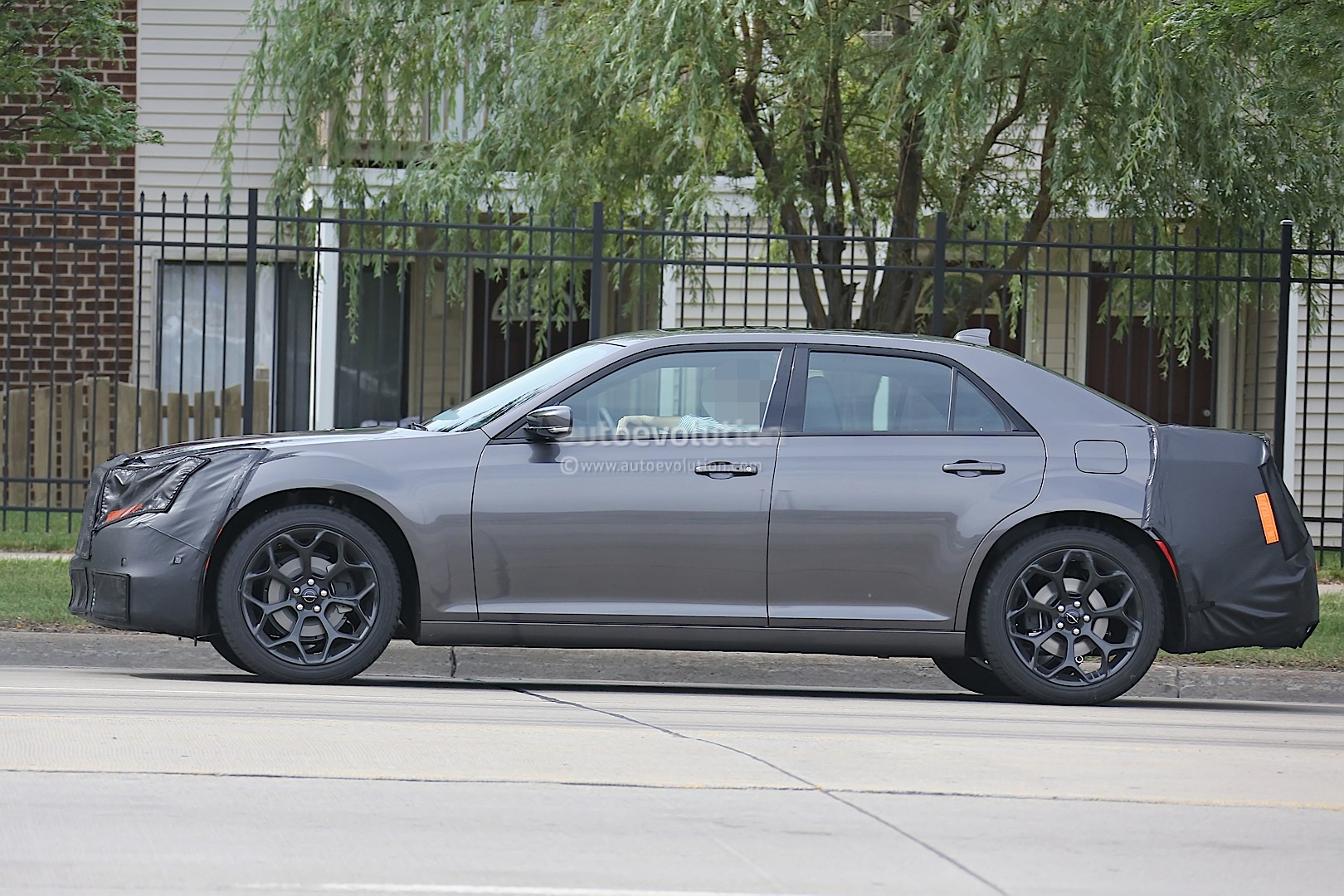 2015 Chrysler 300 32 Free Hd Car Wallpaper