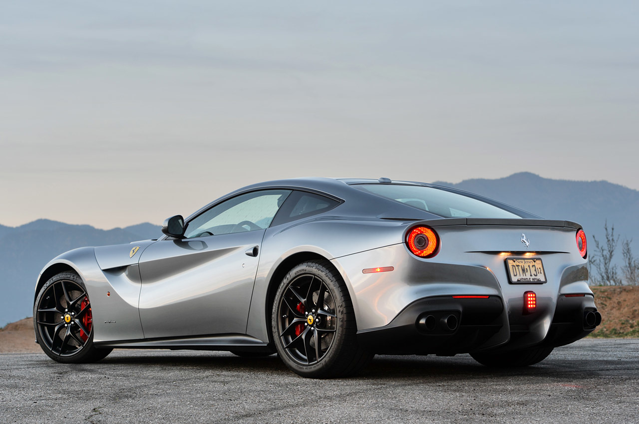 2015 ferrari f12 berlinetta 7 cool car wallpaper. Black Bedroom Furniture Sets. Home Design Ideas