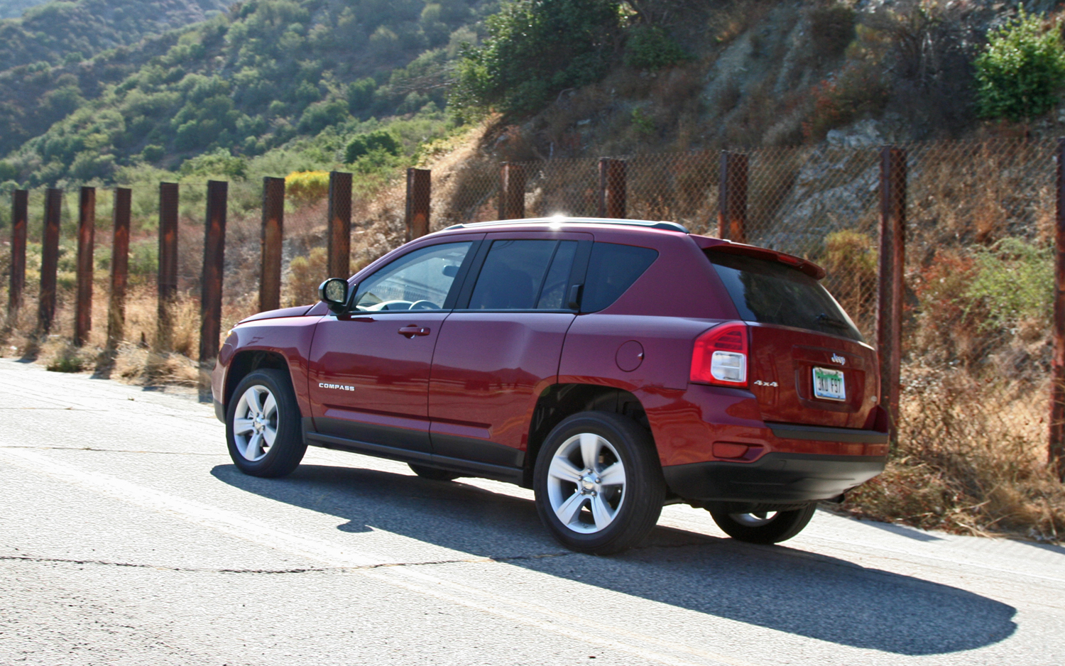 2015 jeep compass 1 desktop wallpaper. Black Bedroom Furniture Sets. Home Design Ideas