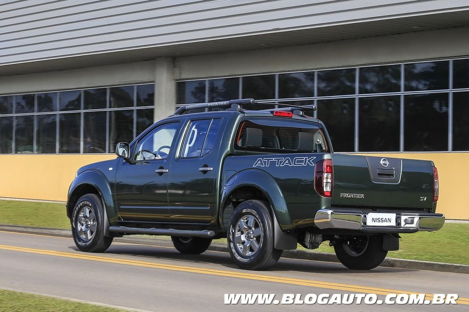 2015 nissan frontier 30 - photo #1