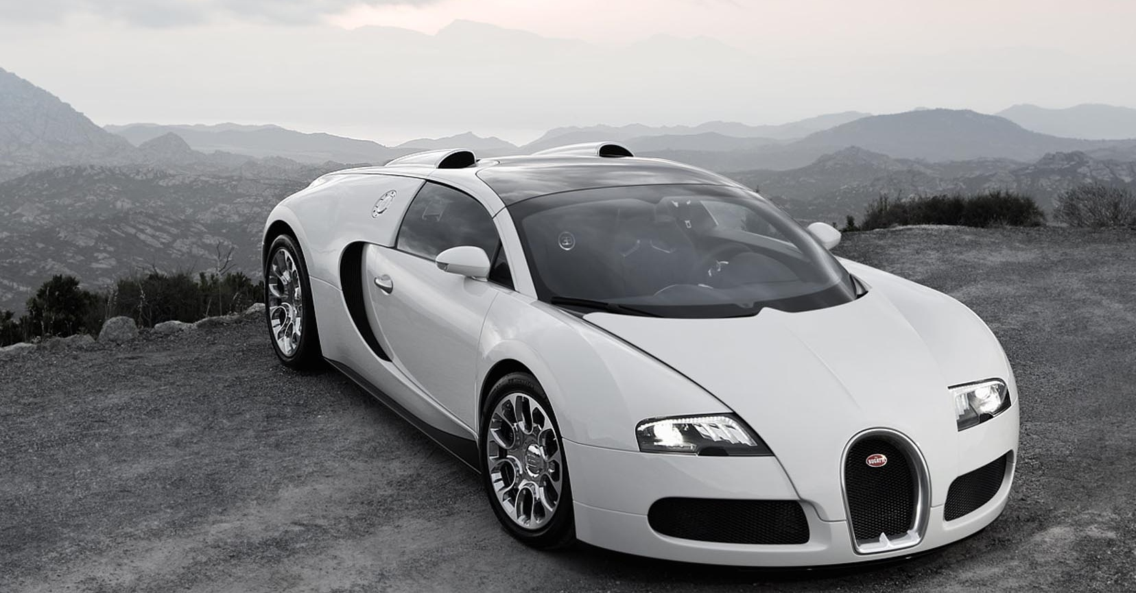 Bugatti Veyron 13 Free Hd Car Wallpaper Carwallpapersfordesktop Org