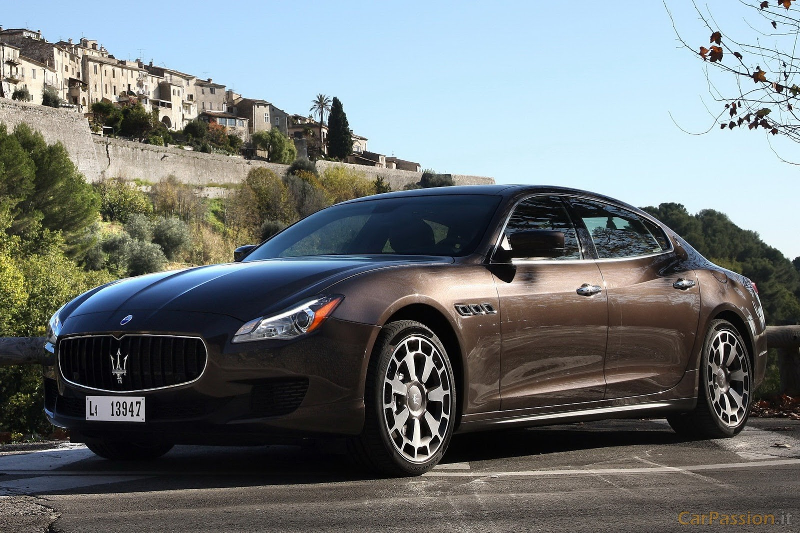 maserati quattroporte 3 car hd wallpaper. Black Bedroom Furniture Sets. Home Design Ideas